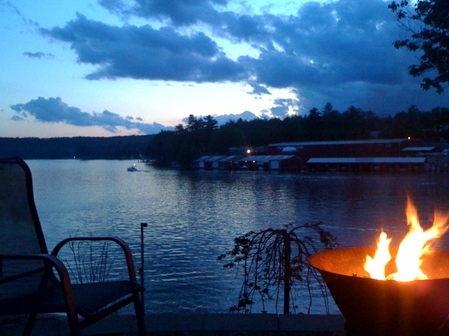 log beautiful waterfront nestled t rentals rental nh homeaway cottage cottages home vacation in